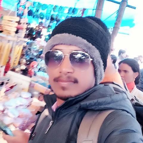 user santosh kumar apkdeer profile image