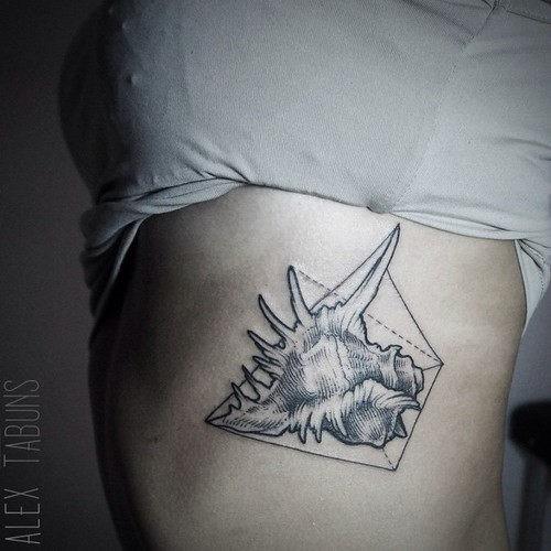 este_bonito_shell_de_tatuagem