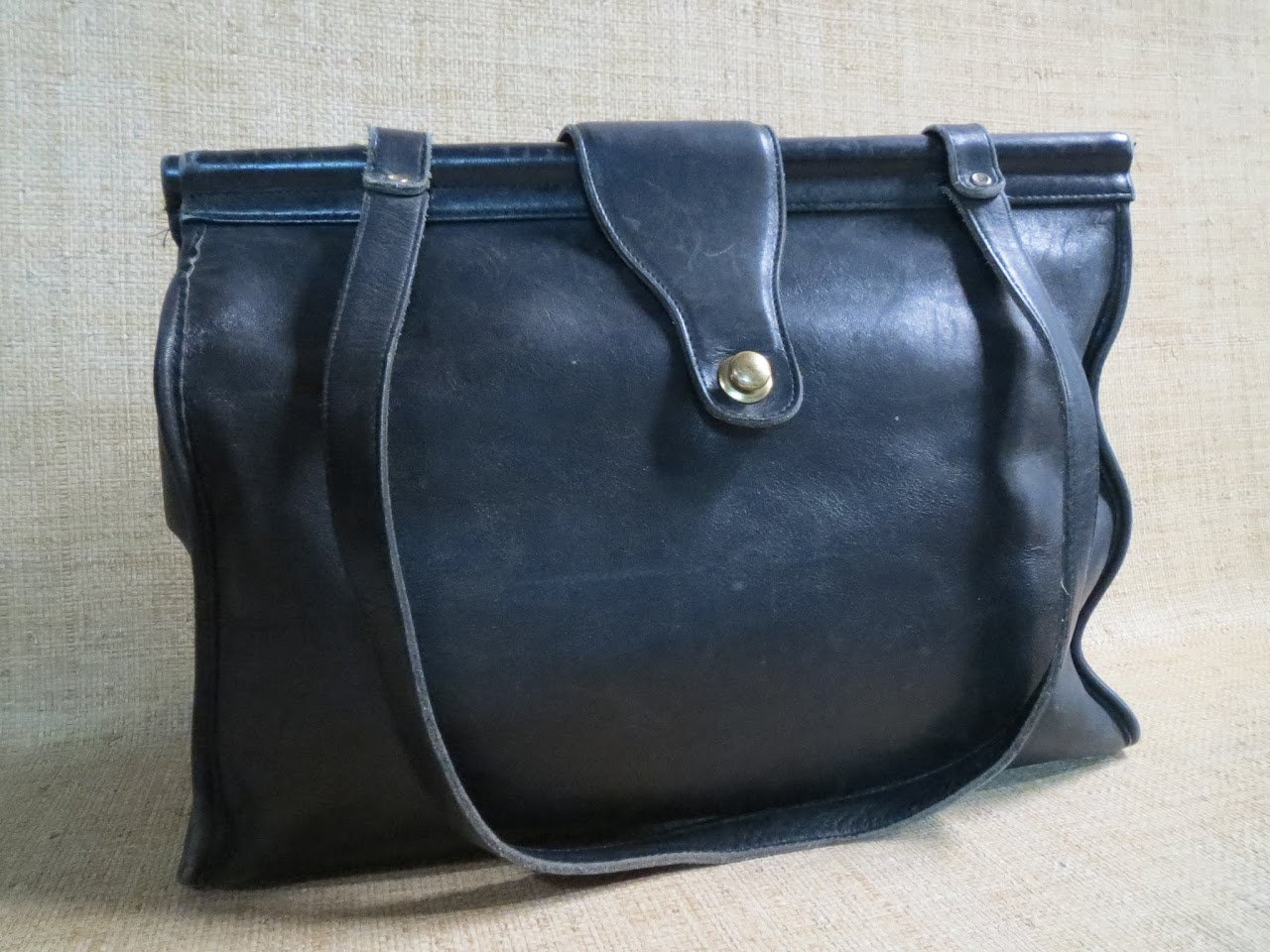 Vintage Coach Doctor-Style Bag