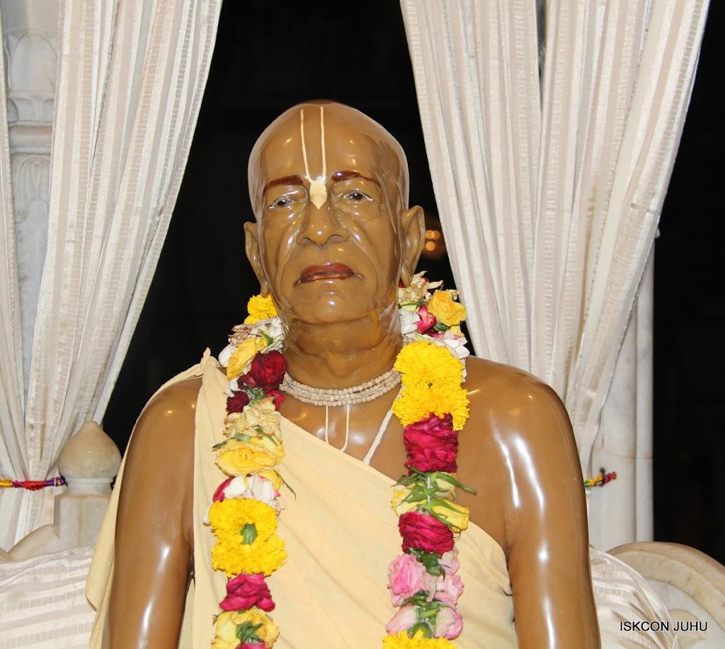 ISKCON Juhu Mangal Deiy Darshan 10 Apr 16 (1)