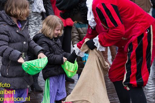 Intocht Sinterklaas overloon 16-11-2014 (35).jpg