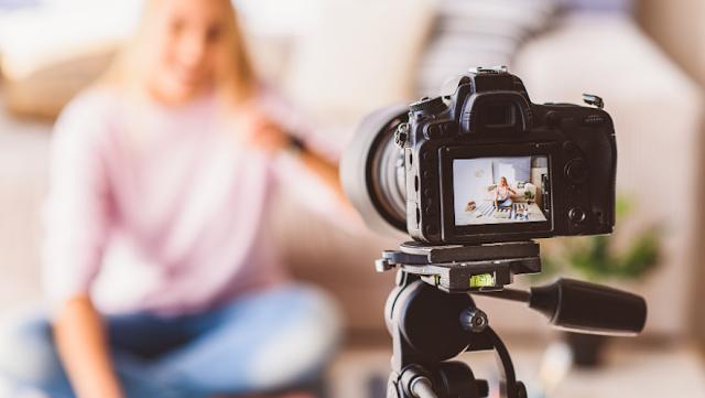 2021'de Video için En İyi 4 Canon Aynasız ve DSLR Fotoğraf Makinesi