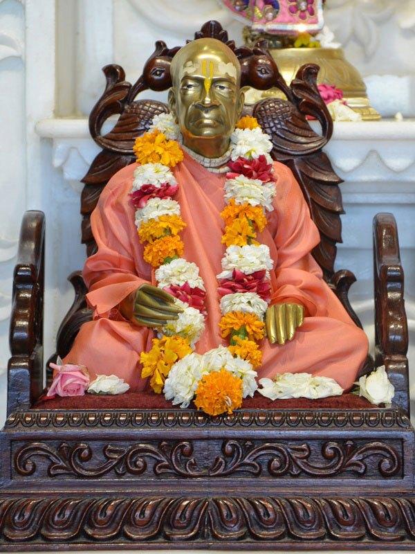ISKCON Ahmedabad Deity Darshan 12 Mar 2016 (9)