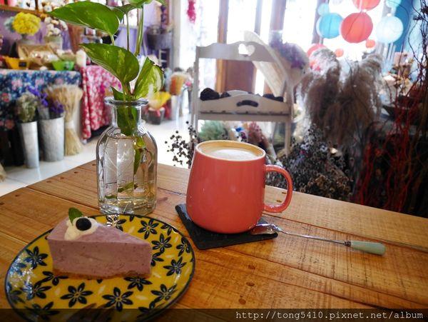 [ 嘉義住宿/咖啡廳 ] 風箏旅人-歡迎來到乾燥花的夢幻世界,保證讓你美到不要不要的,是青年旅社也是喝下午茶的好地方 ( 花藝課程 / 場地租借 )