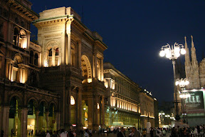Galleria Vittorio Emmanuel at night