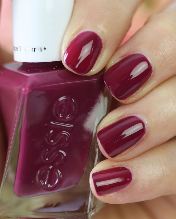 THE BEST NAIL POLISH COLORS SOUTH AFRICAN WOMEN CAN WEAR IN WINTER 2020 16