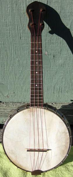 Epiphone made Wurlitzer Banjolele