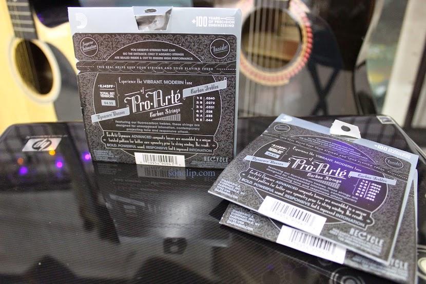Dây Đàn Guitar Classic - D'Addario Pro-Arté Carbon EJ45FF