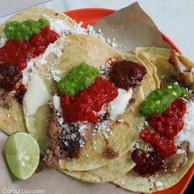 CarouLLou.com Carou LLou in Mexico city friday market Condesa Suave +
