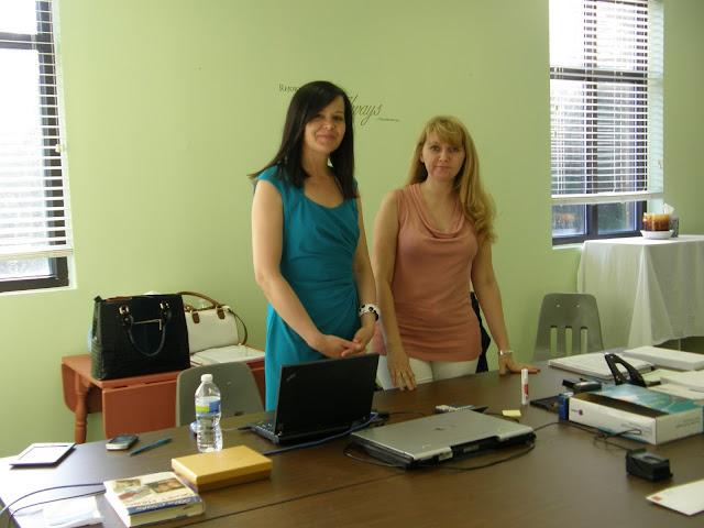 Dyżur konsularny 2013. Konsul Ewa Pietrasieńska z Waszyngtonu, DC. - P5293695.jpg