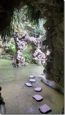 Sintra-quinta-da-regaleira-grutas-e-lagos-2