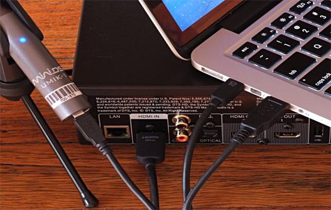 Micro, tarjeta de sonido y PC para ecualizar
