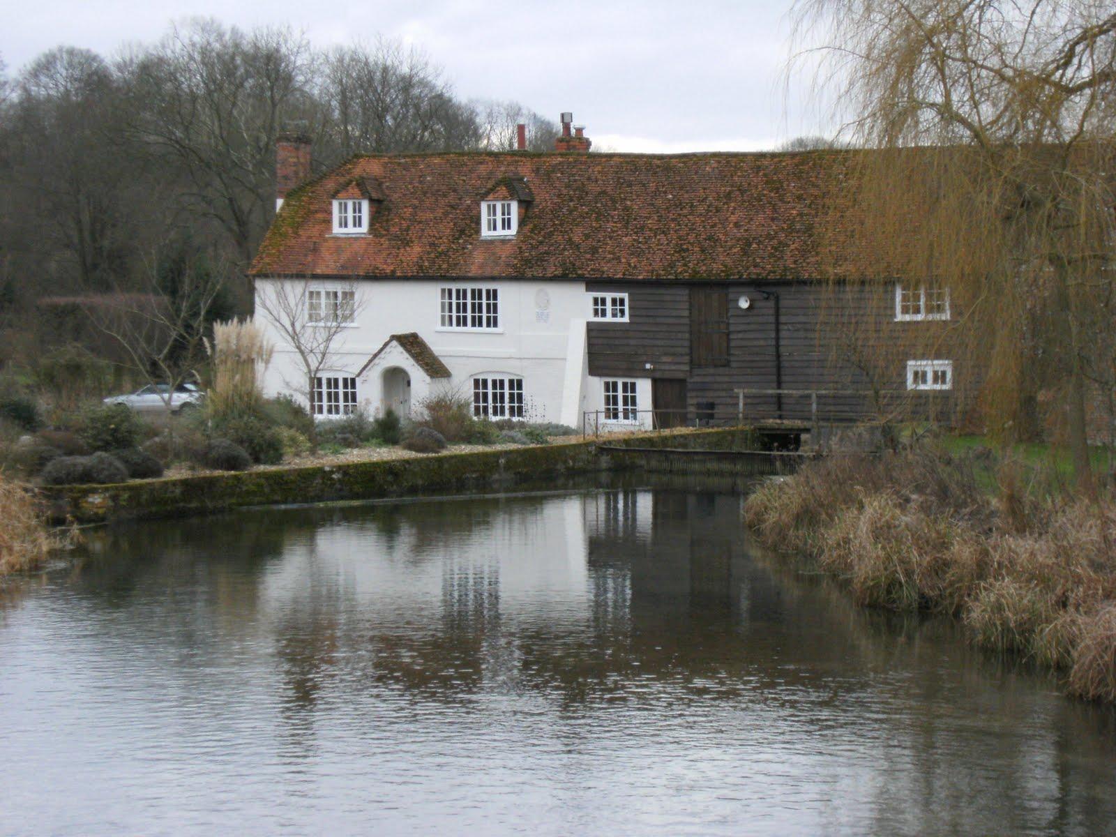 DSCF0273(1) Bere Mill on River Test