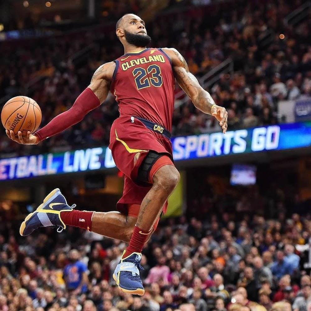 Nba: King James Scores 18 In A Row In Nike LeBron 14 Academy PE