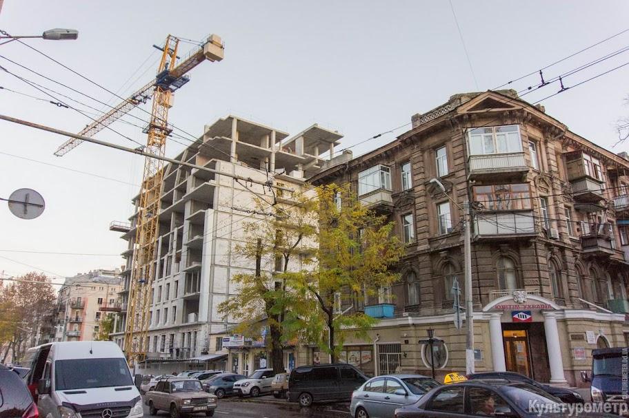 DSC06464 Одесская улица превратилась в сплошную пробку (ФОТО)