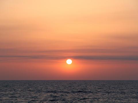 太平洋フェリー「いしかり」 3日目 日の出 その2