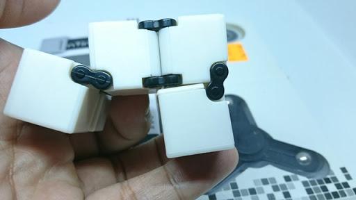 DSC 6036 thumb%255B2%255D - 【フィジェット/Fidget】次世代フィジェット「Fidget Infinity Cube (フィジェット・インフィニティ・キューブ)」&「ハンドフィジェットスピナー2種」レビュー。無限パワー!?
