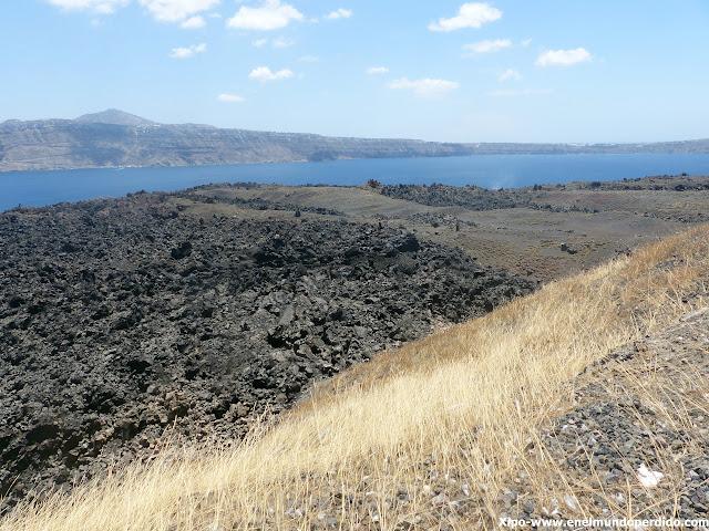 nea-kameni-santorini-caldera.JPG