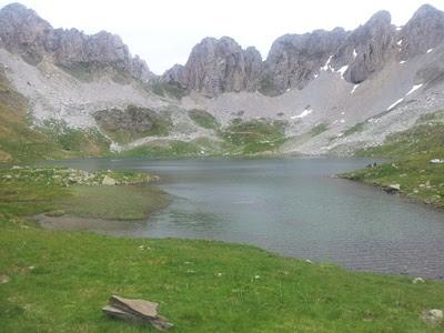 Ibon de Acherito (1.875 m.)
