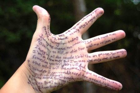 ¿Es malo escribir en la piel?