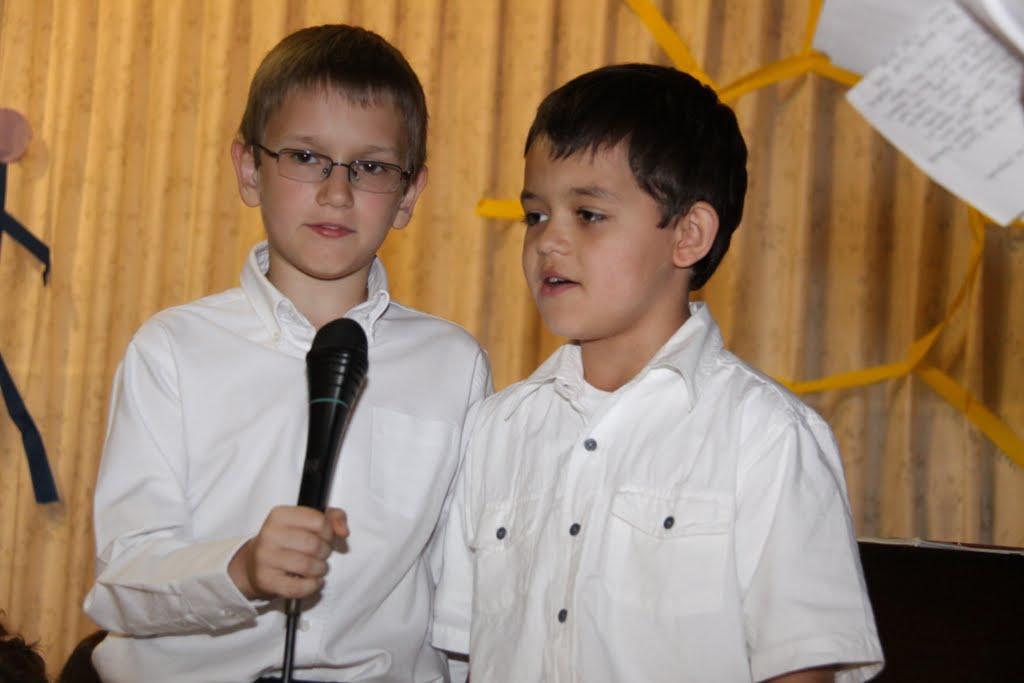 End of the School Year 2011 - DSC00008.JPG