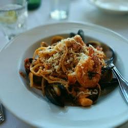 Mezzaluna Italian Restaurant's profile photo