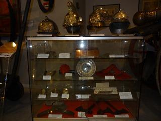 2016.04.29-002 casques et objets de pompiers