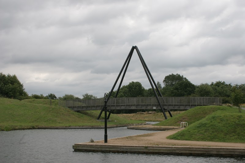Ashby_02 Moira Canal Marquis Bridge.jpg