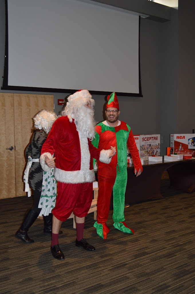 UAHT Employee Christmas Party 2015 - DSC_9335.JPG
