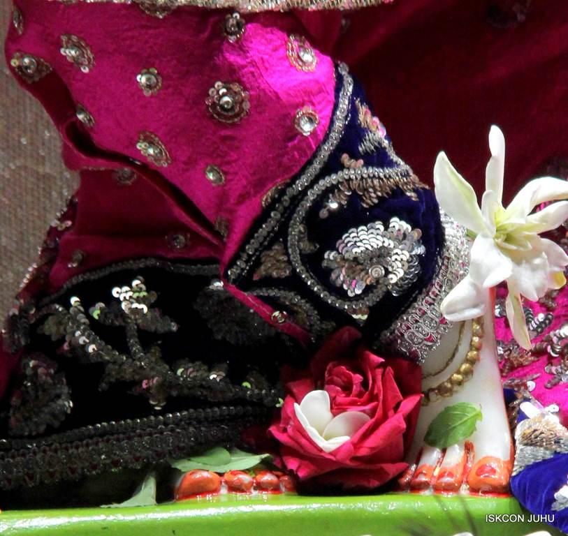 ISKCON Juhu Mangla Deity Darshan 18 Dec 2015 (14)