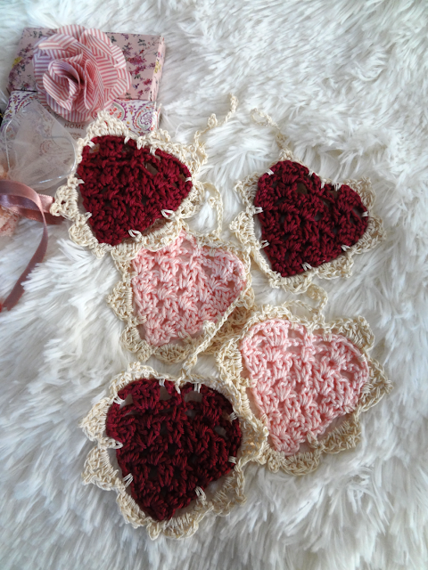 vintage style pink and red crochet hearts