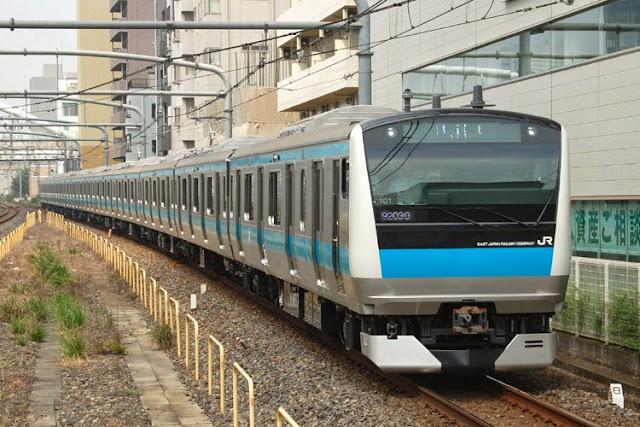 Hình ảnh tàu hỏa E233 Keihin trong thực tế