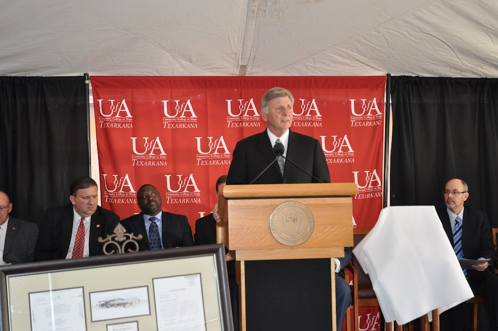 UACCH-Texarkana Creation Ceremony & Steel Signing - DSC_0167.JPG