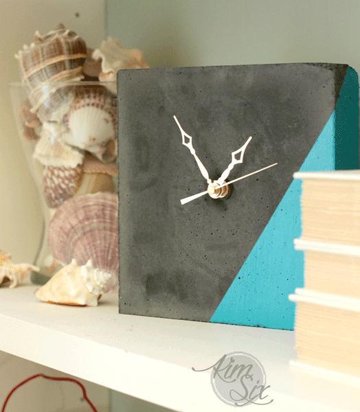 Color block Concrete table clock