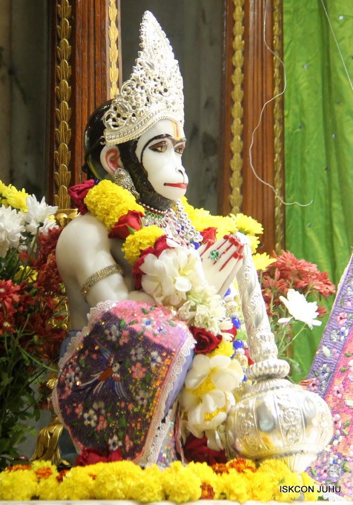 ISKCON Juhu Sringar Deity Darshan on 30th June 2016 (27)