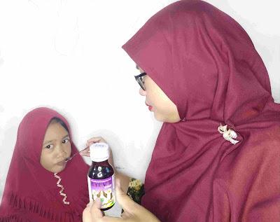 Vitamin mata Eyevit untuk anak
