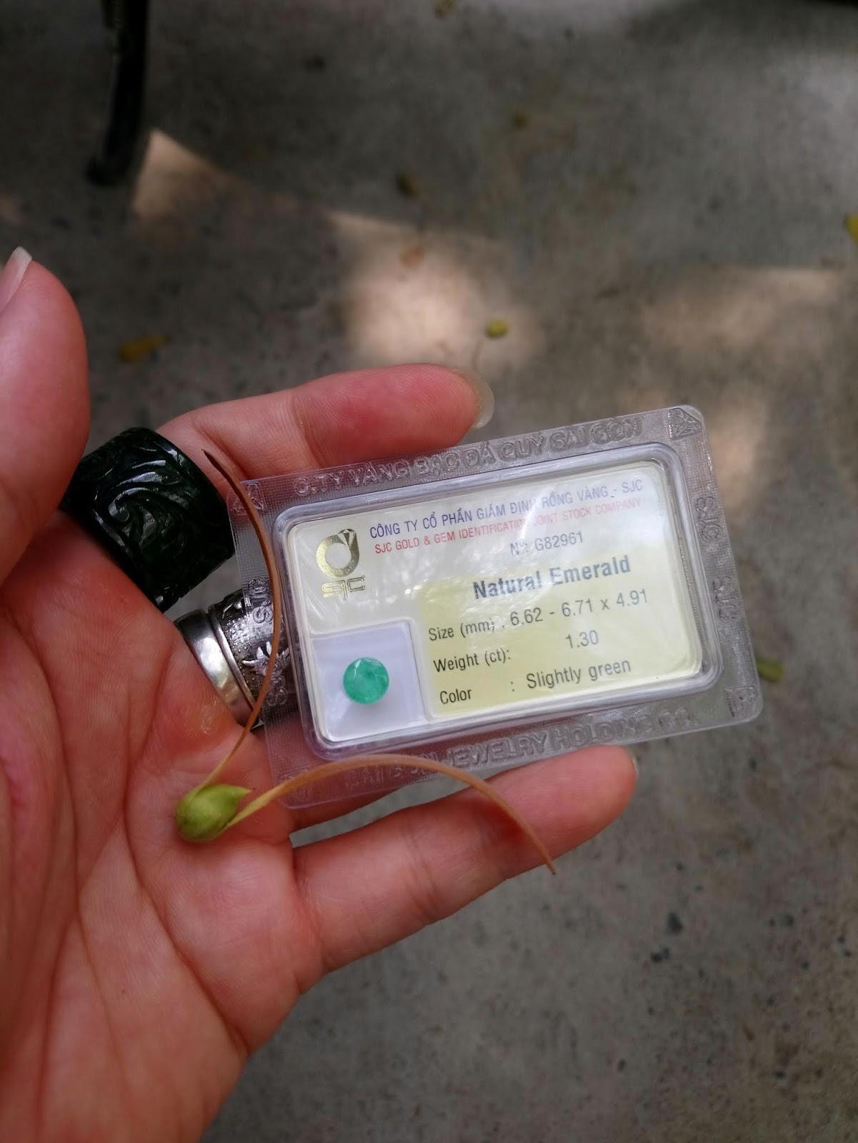 Đá quý Ngọc Lục Bảo thiên nhiên, Natural Emerald giác tròn chất ngọc xanh chuẩn( 11/04/20, 04 )