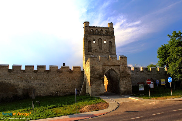 szydłów brama krakowska