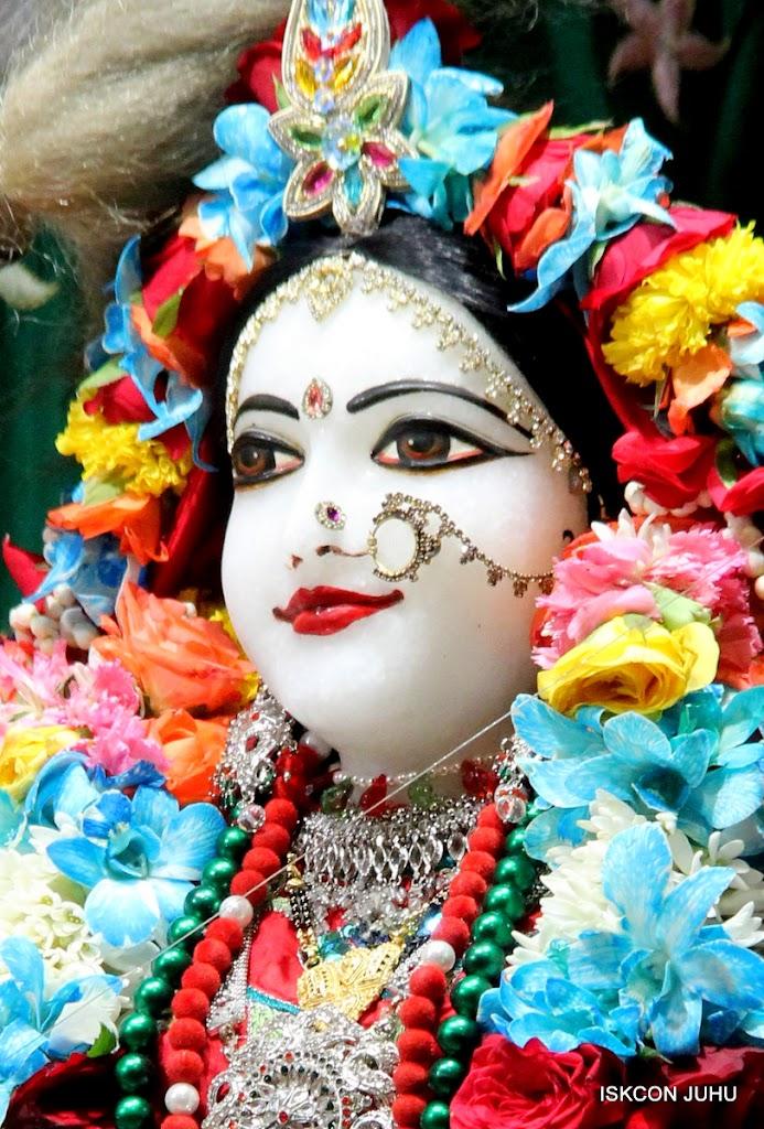 ISKCON Juhu Sringar Deity Darshan on 28th Aug 2016 (12)