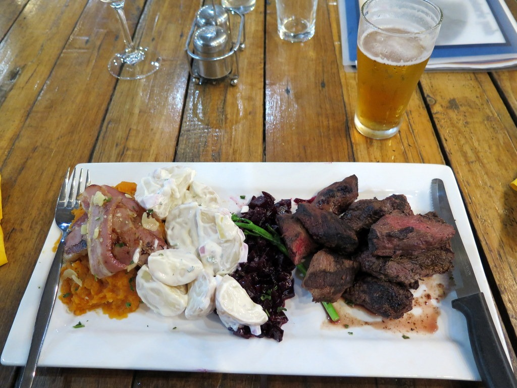 [170606-050--Daly-Waters-Pub-Meal5]