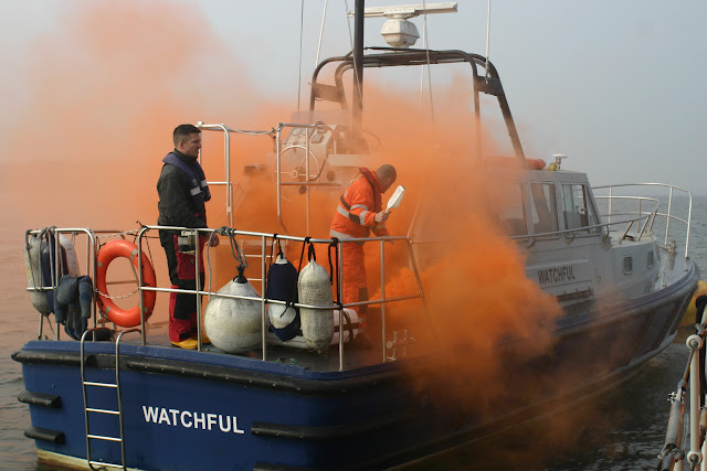 2011, 27 March – Poole lifeboat training with Dorset Fire and Rescue and members of the Lifeboat College