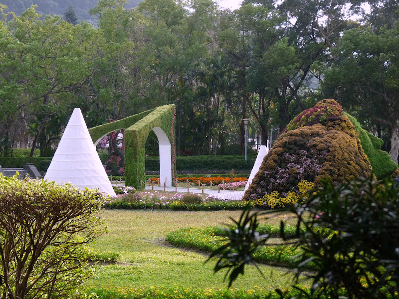 TAIWAN.Taipei. Dans le jardin de lune des nombreuses résidence présidentielle de CKS - P1050049.JPG