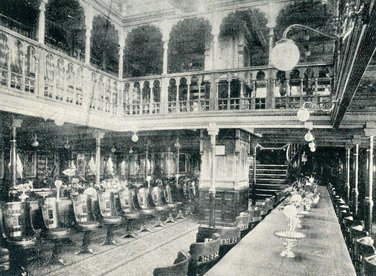 Comedor del vapor correo REINA MARIA CRISTINA. Del Libro de Informacion para el Pasajero. Compañia Trasatlantica. Año 1908.jpg