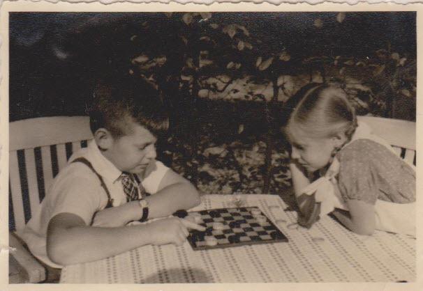 [Thomas+Ulli+circa+1939%5B3%5D]