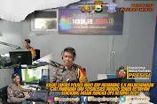 Sosialisasi Operasi Ketupat, Kasatlantas Polres Wajo Talk Show di Radio As'Adiyah