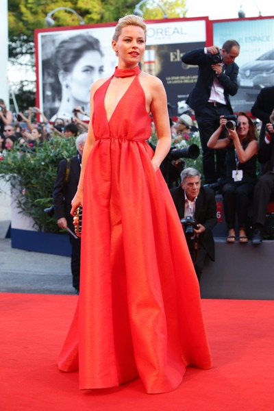 Elizabeth Banks attends the closing ceremony and premiere