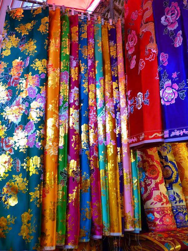 XINJIANG . Kasghar, le Grand Bazar - P1280382.JPG