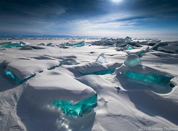 lago-Baikal-na-Rússia-azul-turquesa-abrir-janela