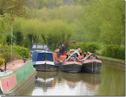 2 jules fuels below leighton lock