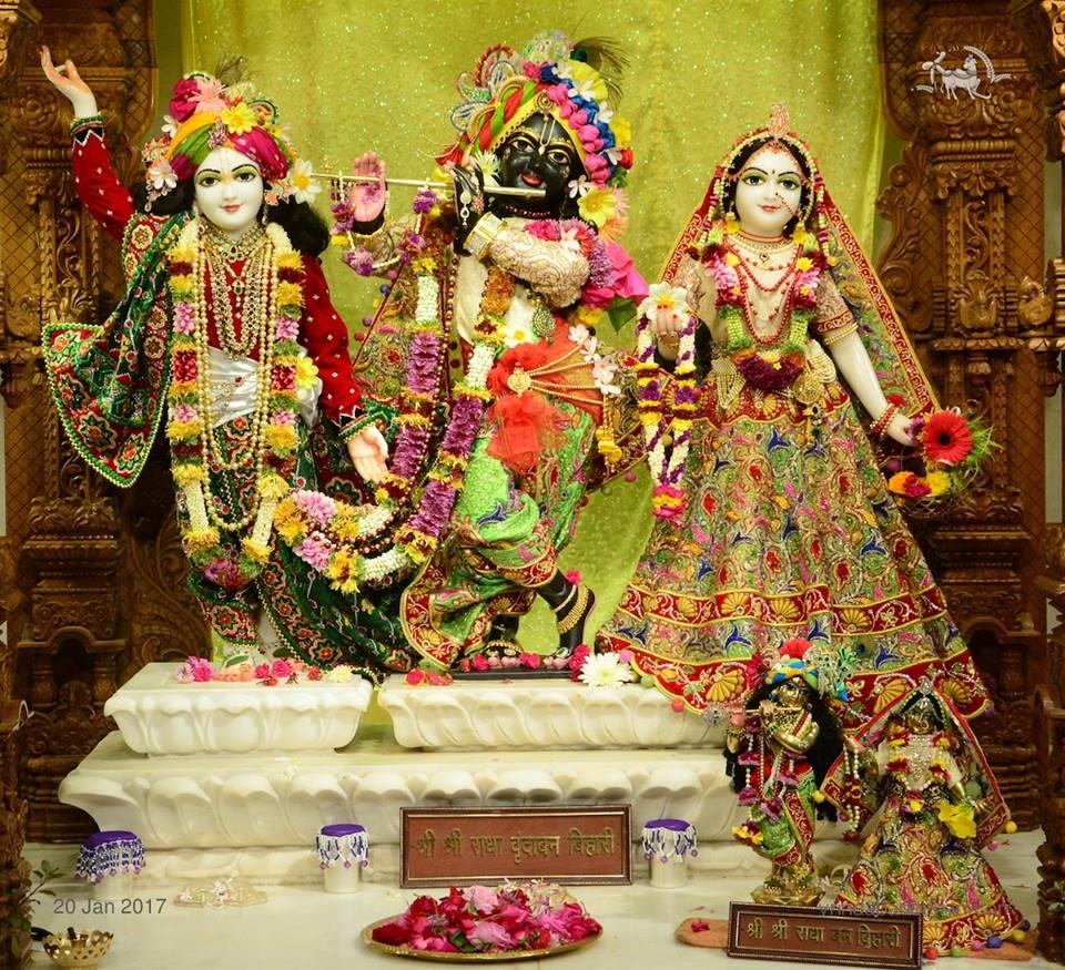 ISKCON GEV Deity Darshan 20 Jan 2017 (25)